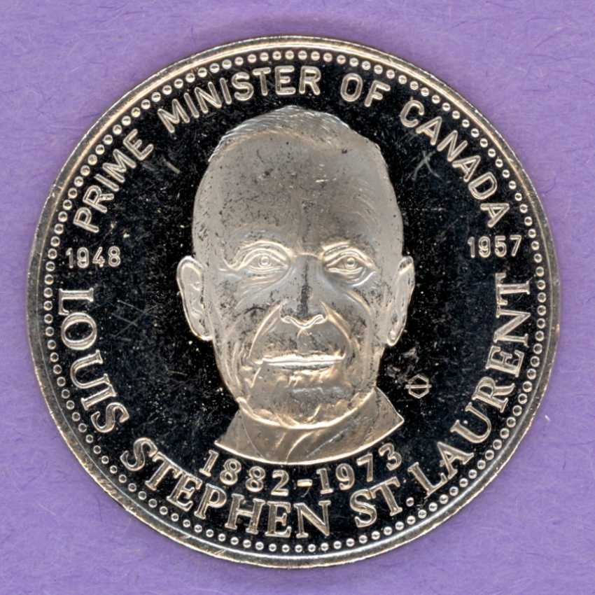 1981 Smiths Falls Ontario Trade Token or Dollar St Laurent Prime Minister NICKEL