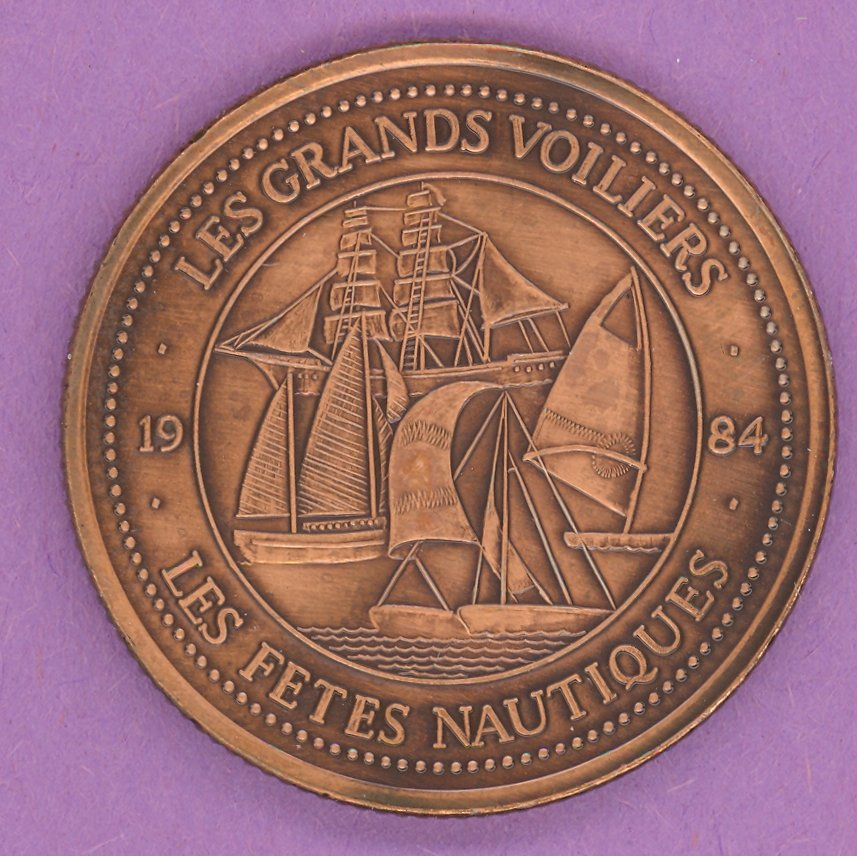 1984 La Grande Allee Quebec Private Trade Token or Dollar Les Grands Voiliers BRONZE PLATED
